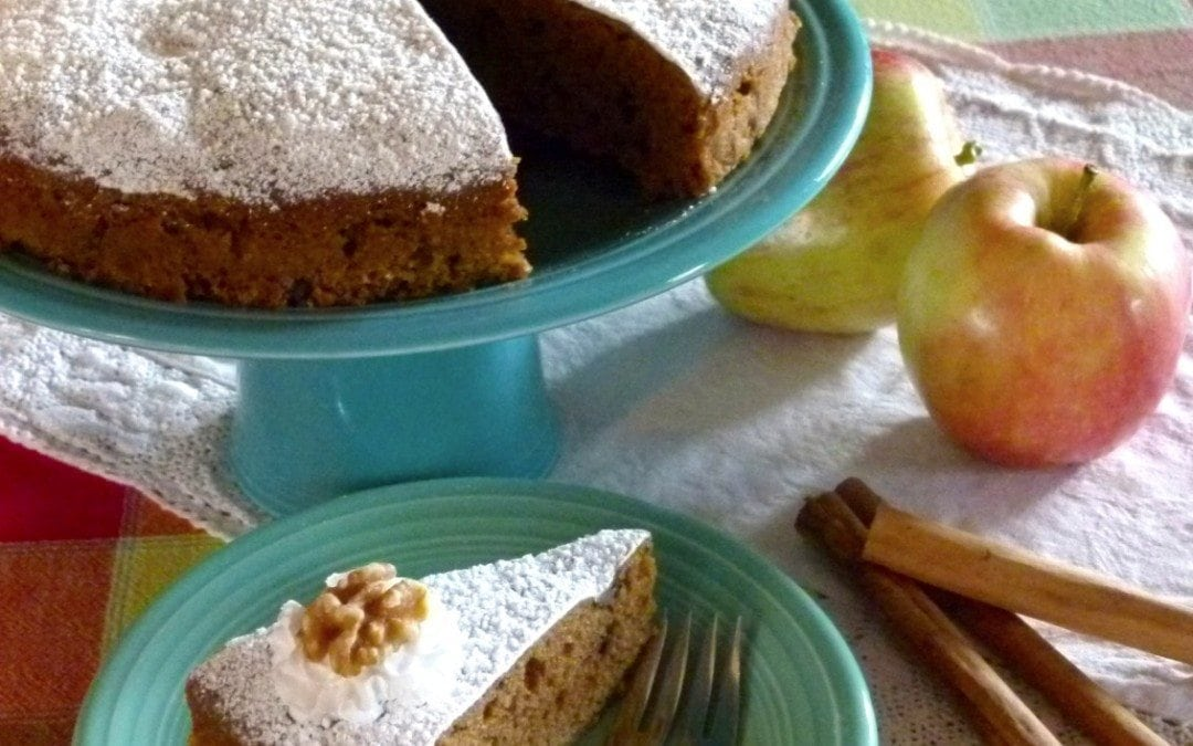 Applesauce Walnut Cake